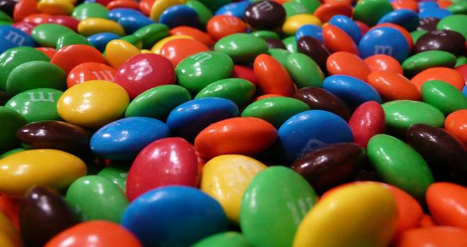 Diccionario de aditivos alimentarios – Colorante Azul Brillante FCP y colorante índigo
